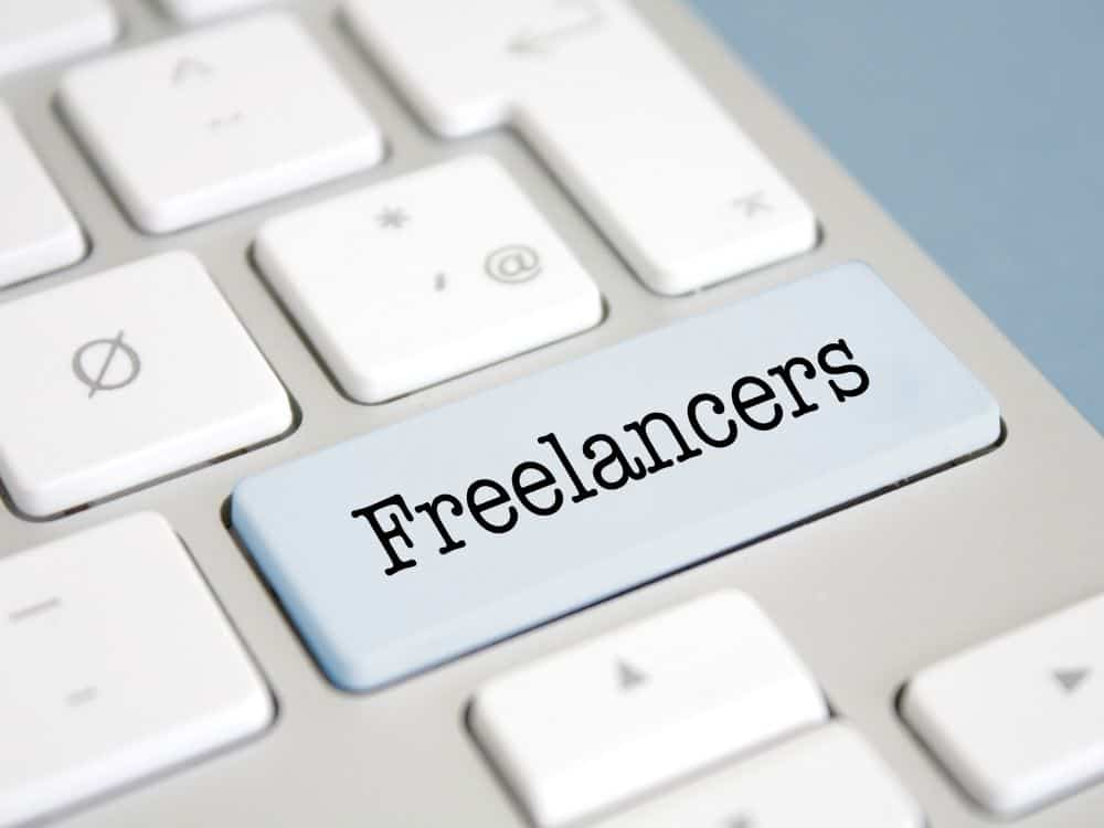 how much do freelance writers charge per hour