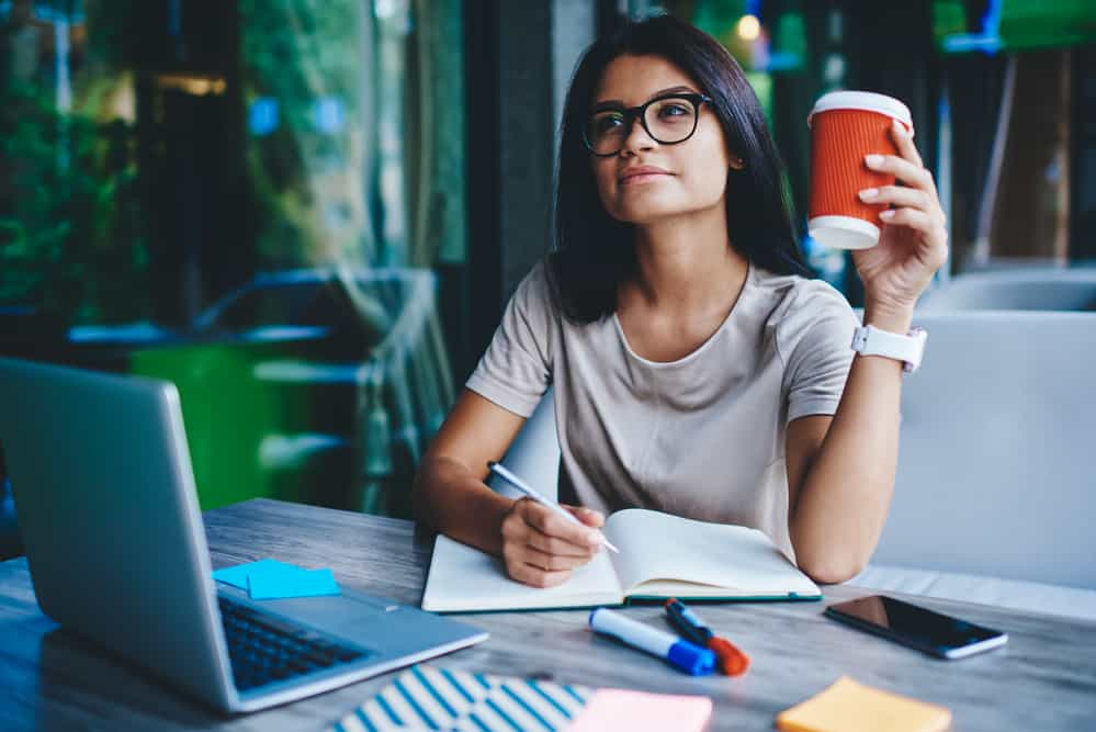 is freelance writing really a steady career for someone with no experience